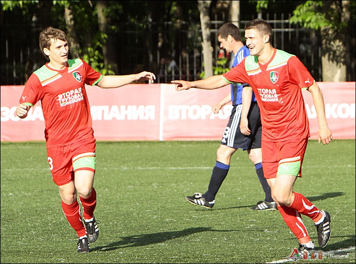 Фото с матча Локомотив-2 - Сатурн-21