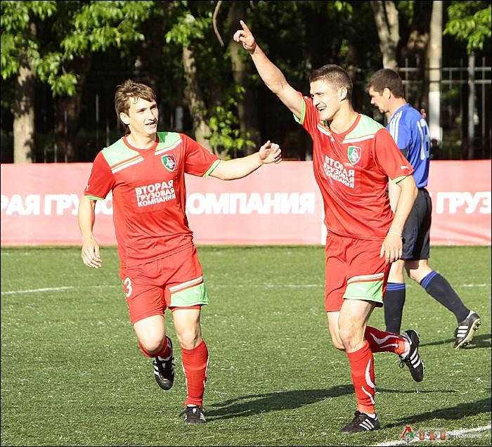 Фото с матча Локомотив-2 - Сатурн-22
