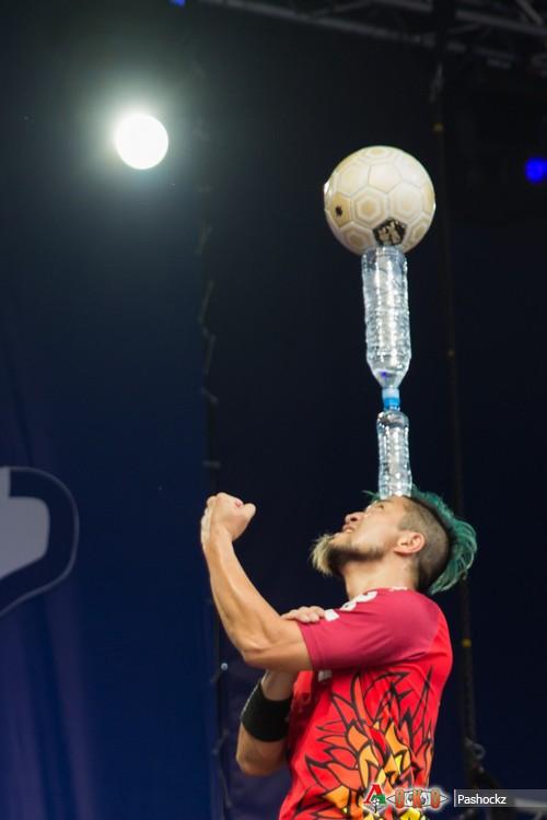Арт-Футбол. 27 мая 2014 года, Япония и Эстония и концерт Nazareth