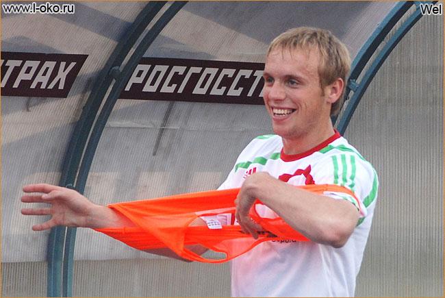 Денис Глушаков выйдет в основном составе сборной России на матч с Израилем